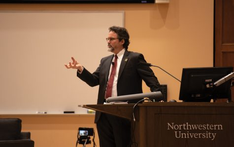 Muslim scholar Hamza Yusuf Hanson visits Northwestern, discusses scholarship in Mauritania