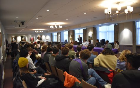 Tuesday's ACIR meeting in Guild Lounge. Students expressed concerns at the lack of a trustee decision on Fossil Free Northwestern's divestment proposal.