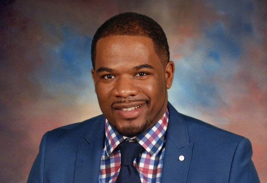 Principal Michael Allen. Allen was awarded the 2020 Elementary Principal of the Year award for the North Cook region by the Illinois Principals Association.