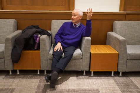 Schapiro answers student questions during Southwest dinner, Q&A