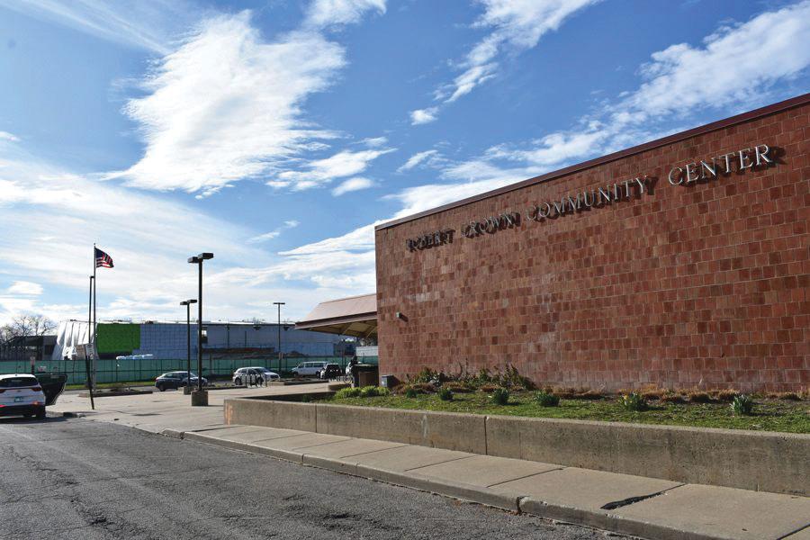 City seeks local restaurants to partner with Robert Crown Community Center