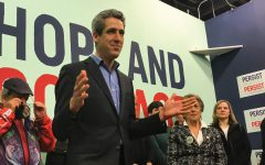 Illinois for Warren mobilizes support at office opening