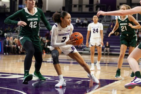 Women's Basketball: No. 19 Northwestern beats Michigan on the road for the first time since 2015