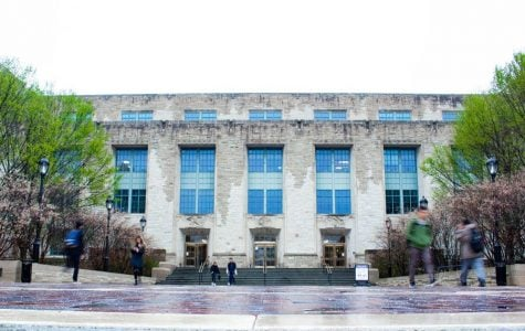 The Technological Institute, home to many McCormick classes. McCormick Prof. Vadmin Backman led the team that discovered the correlation.