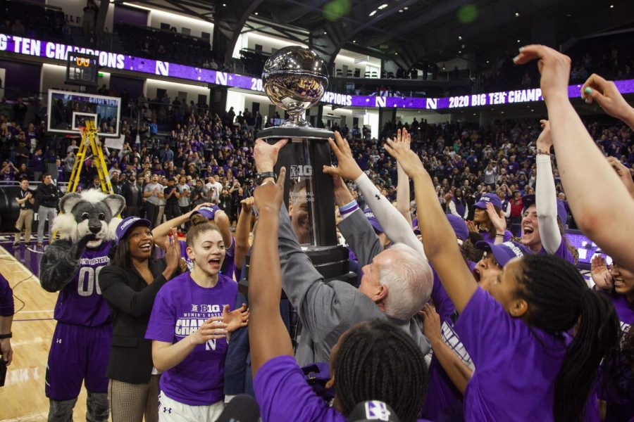 Northwestern clinched a share of its first Big Ten title since the 1989-90 season with a 75-58 win over Illinois on Saturday. From streamers and net-cutting to a court storming, the Wildcats and the 4,016 fans who packed into Welsh-Ryan Arena knew how to celebrate.