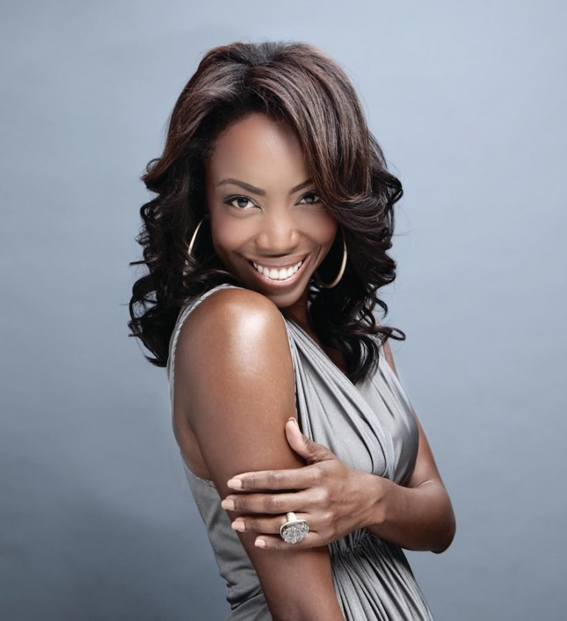 Heather Headley is the 2020 Alumnae Award recipient. The Tony award winning actress has credits in Broadway's