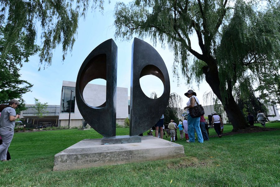 One+of+the+sculptures+featured+on+the+Block+Campus+Art+Walk%2C+Barbara+Hepworth%E2%80%99s+Two+Forms+%28Divided+Circle%29