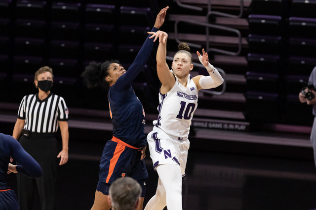 Lindsey Pulliam watches her jumpshot. The senior guard scored 28 points in No. 21 Northwestern's 73-54 win over Illinois.