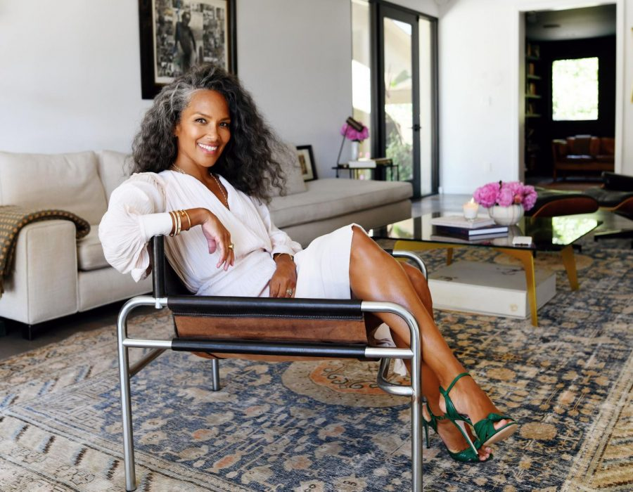 "Mara Brock Akil (Medill '92). Akil, best known for hit-sitcom ""Girlfriends,"" is set to produce multiple new projects for Netflix as part of a multi-year deal."